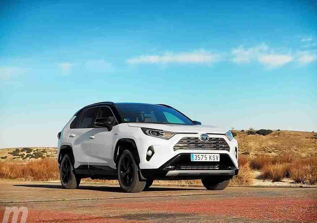Prueba Toyota RAV4 Hybrid 2019, el SUV familiar amplía sus horizontes 1