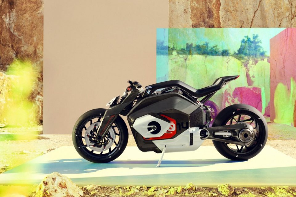 BMW Vision DC Roadster, la base de las futuras motocicletas eléctricas de la marca 8