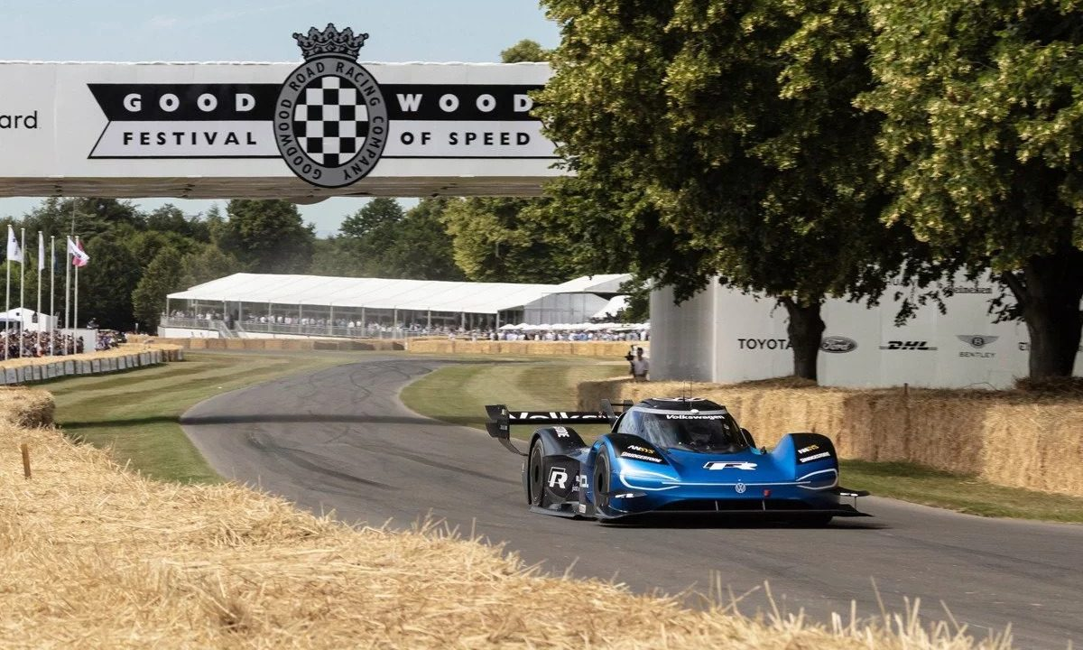 El Volkswagen ID. R logra el récord absoluto de Goodwood 1