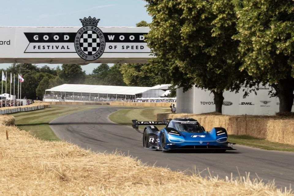 El Volkswagen ID. R logra el récord absoluto de Goodwood 4