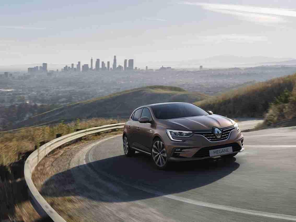 El facelift del Renault Megane muestra que lo que importa está en el interior 12